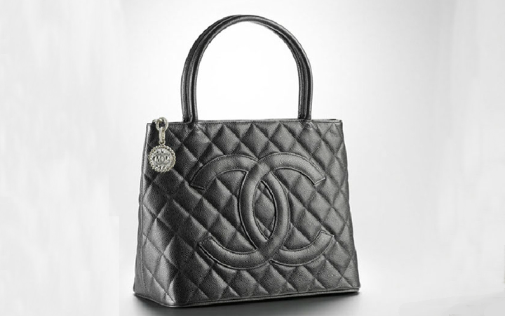 luxury chanel authentic and beige medallion carousell condition ghw in sold on excellent tote p caviar