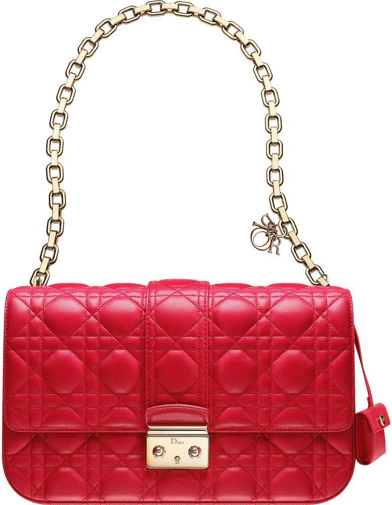 miss-dior-red-bag-1