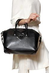 givenchy-antigona-bag-thumb-model-1