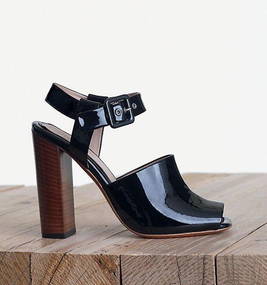 Celine-Easy-Sandal-in-Patent-Calfskin-Black-1