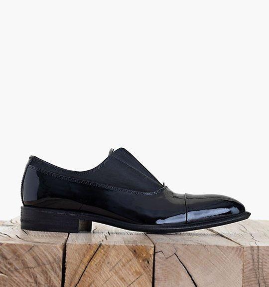 Celine-Tuxedo-Pointy-Toe-Shoe-in-Patent-Calfskin-Black-1