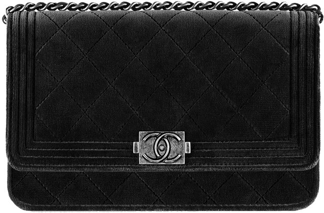 1aa64f2fff891f boy-chanel-wallet-on-chain-woc-velvet-1