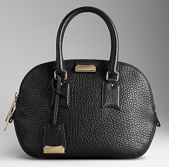 burberry-the-small-orchard-in-heritage-grain-3