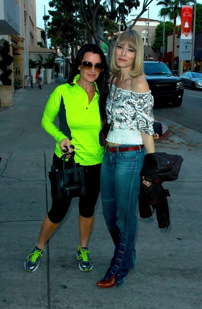 Street Snaps: Kyle Richards In Sportswear And Celine Luggage Tote ...