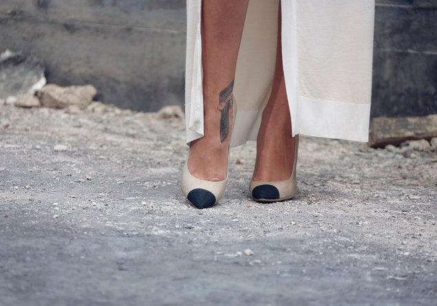chanel-two-tone-shoes-rihanna