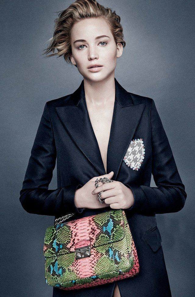 Jennifer-Lawrence-for-Dior-Ad-Campaign