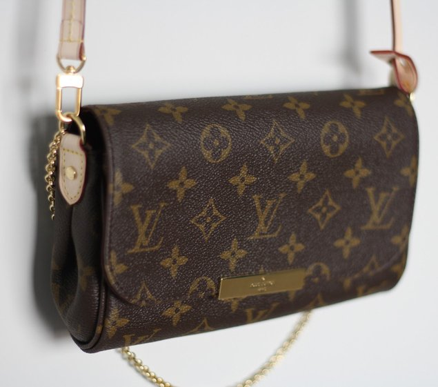 62439a6dceba Louis Vuitton Favorite Clutch with Leather Strap