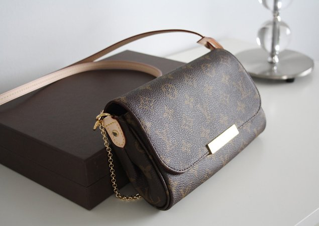 Louis Vuitton Favorite Clutch with Leather Strap | Bragmybag