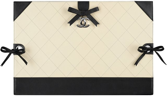 Chanel-Drawing-Portfolio-Calfskin-Embellished-with-Bows-and-A-CC-Pendant