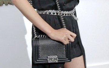 5d7316a24a46 Street Snaps  Boy Chanel Reverso Flap Bag - Bragmybag