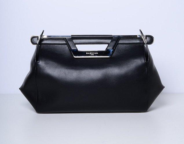 Balenciaga-Ray-Doctor-Bag-black-2