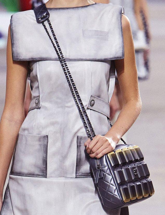 Chanel Evening Art Flap Bag – Bragmybag 1b1b8a16c817d