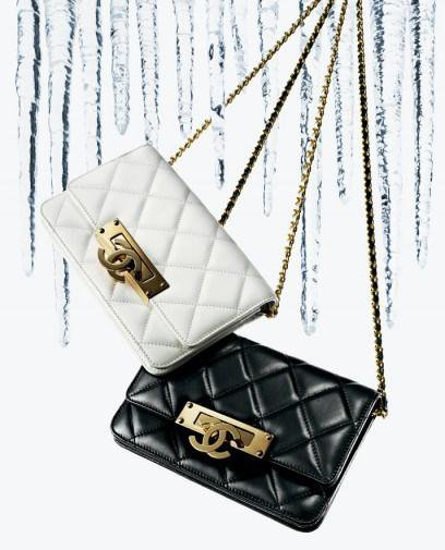 Chanel-Gold-Class-Double-CC-black-2