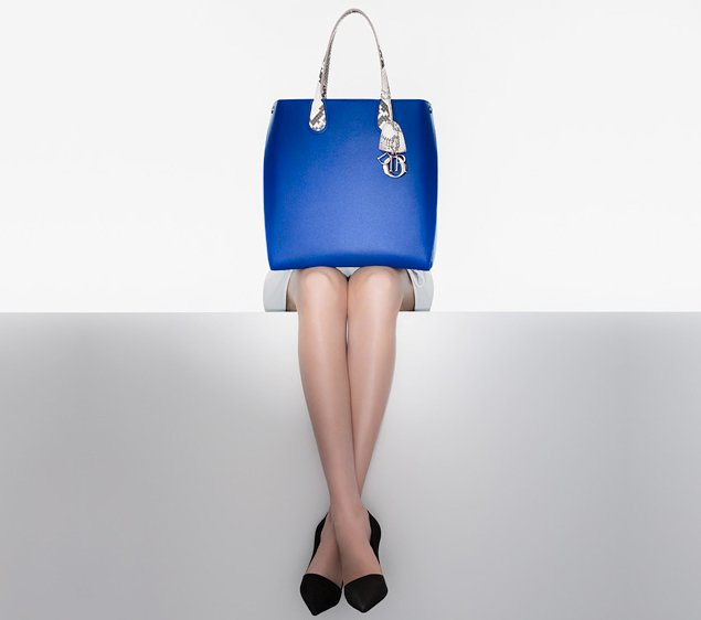 Dior-addicts-shopping-bag-blue