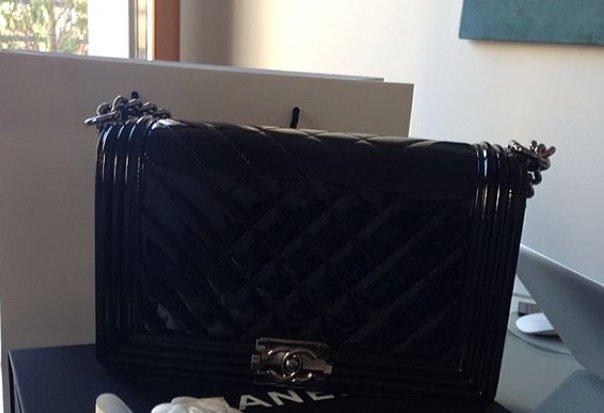 Chanel-Boy-Chevron-Flap-Bag-black-2