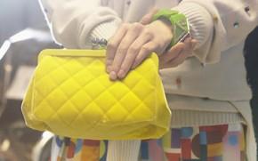 hermes bag to watch thumb