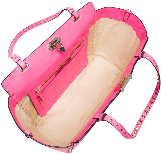 Valentino-Rockstud-Trapeze-Tote-Fluo-Pink-Interior