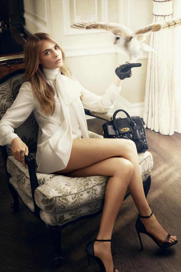 Cara-Delevingne-for Mulberry-Handbag-Ad-Campaign-2014-3