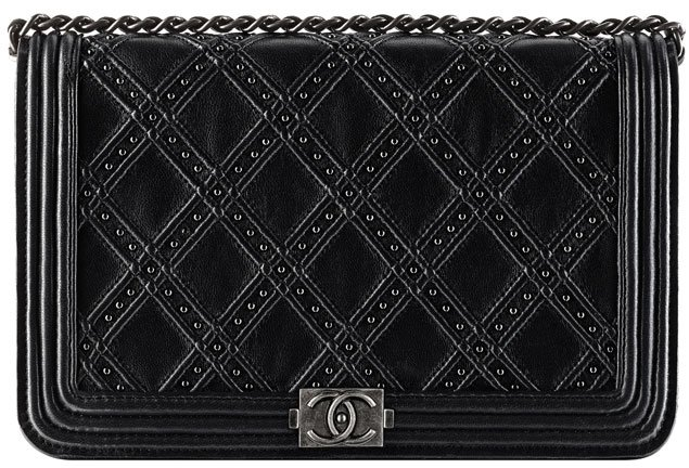 Chanel-Boy-Wallet-On-Chain-Paris-Dallas