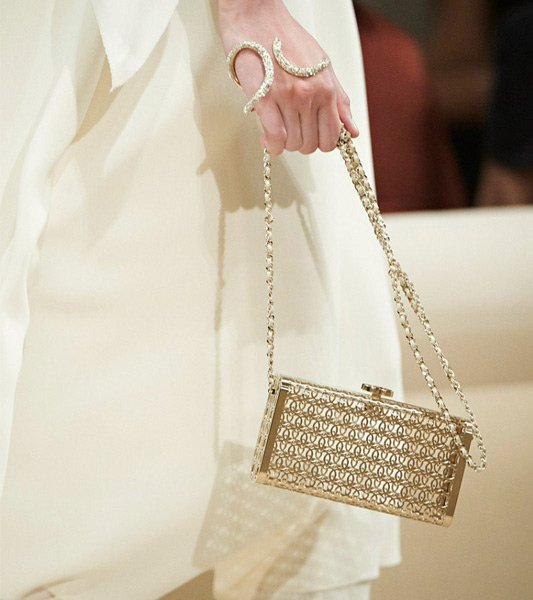 Chanel-Cruise-2014-Bag-Collection-35