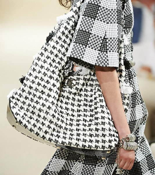 Chanel-Cruise-2014-Bag-Collection-7