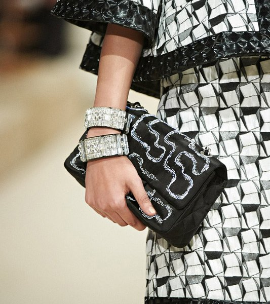 Chanel-Cruise-2014-Bag-Collection-9