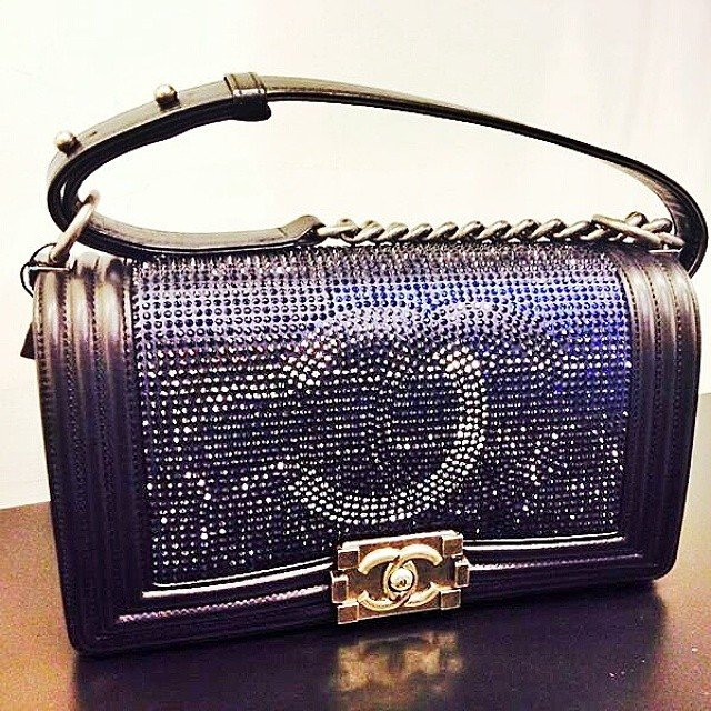 Chanel-Hologram-CC-Boy-Flap-Bag-3