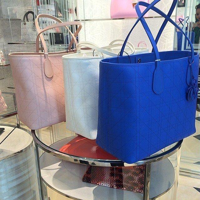 Dior-Panarea-Tote-pink-white-blue