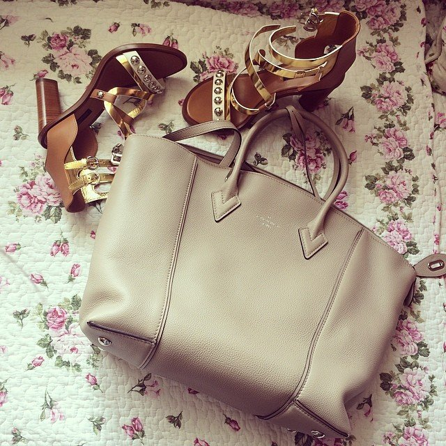 Lockit - Louis Vuitton Store: продажа сумок