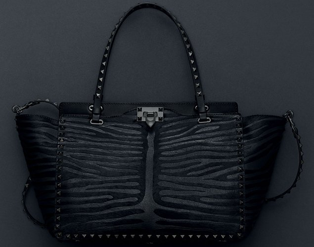 Valentino-Rockstud-Noir-Bag-Collection