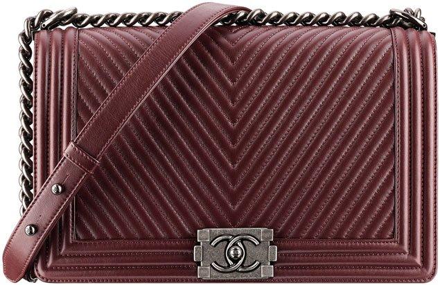 Chanel-boy-chevron-flap-bag-red