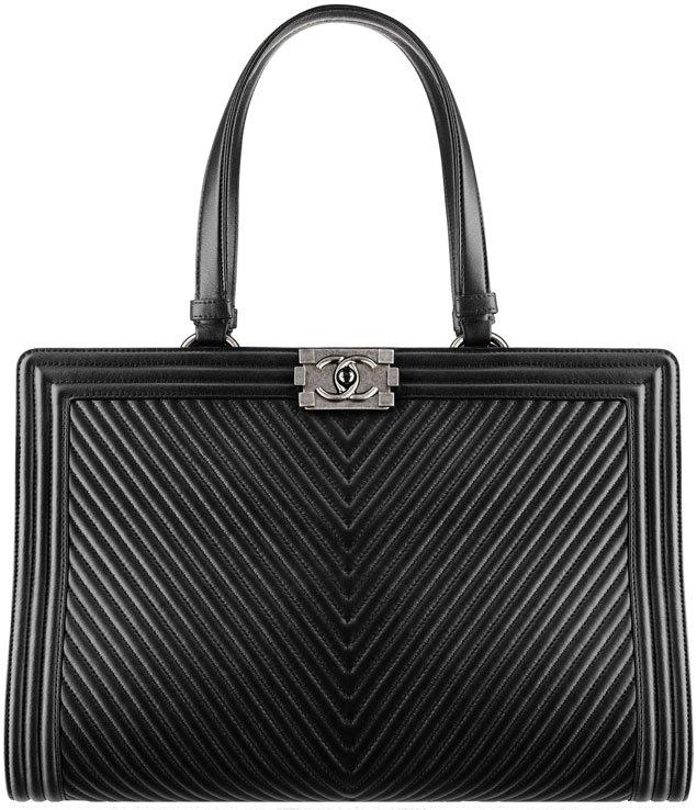 Chanel-boy-chevron-shopping-tote-black