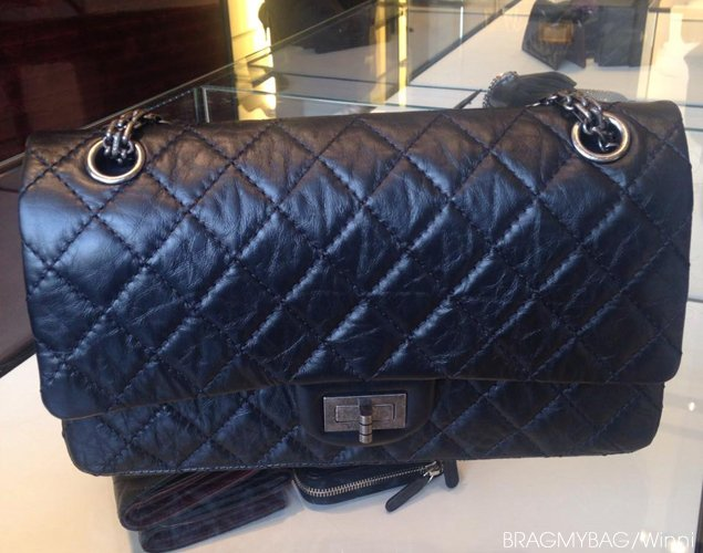 Chanel-reissue-255-flap-bag-black