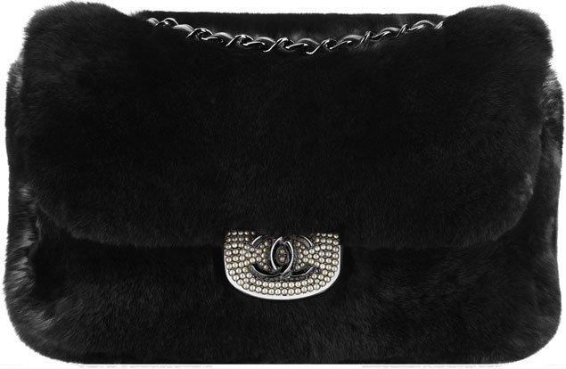 chanel-orylag-flap-bag-embellished-with-pearl-cc-siganture