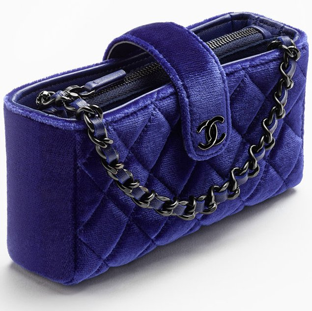 Chanel-Small-Clutch-in-Velvet-with-Long-Chain-2