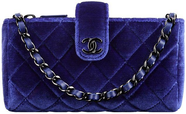 Chanel-Small-Clutch-in-Velvet-with-Long-Chain