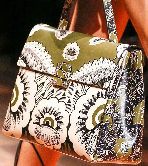 Valentino-Spring-2014-Runway-Bag-Collection-9