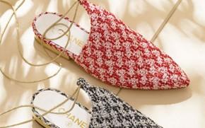 Tory-Burch-Fitbit-bracelet-thumb