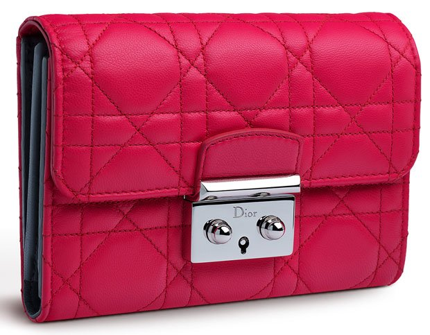 Miss-Dior-Explorateur-Wallet