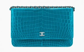 Louis-Vuitton-Spring-Summer-2017-Ad-Campaign-Series-6-thumb