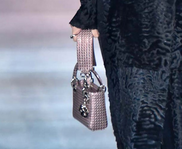 Dior-Pre-Fall-2015-Runway-Bag-Collection-31
