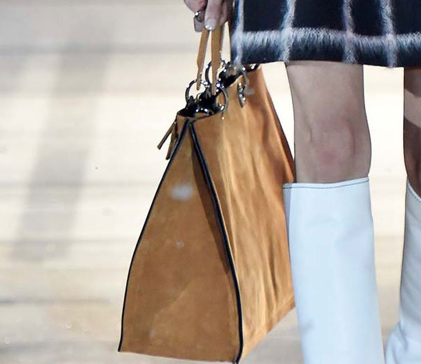Dior-Pre-Fall-2015-Runway-Bag-Collection-33
