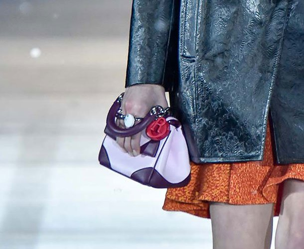 Dior-Pre-Fall-2015-Runway-Bag-Collection-34