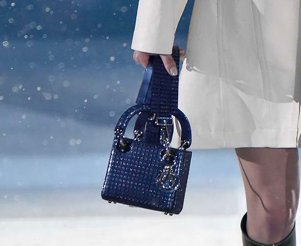 Dior-Pre-Fall-2015-Runway-Bag-Collection-37