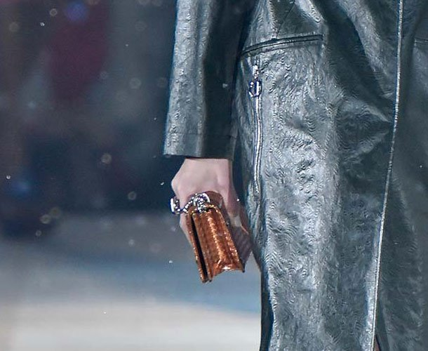 Dior-Pre-Fall-2015-Runway-Bag-Collection-43