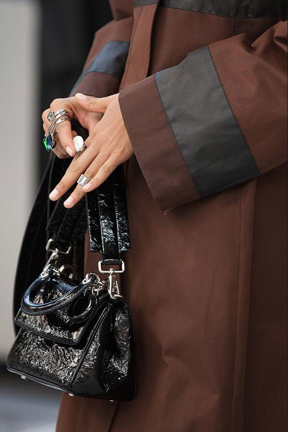 Dior-Pre-Fall-2015-Runway-Bag-Collection-47