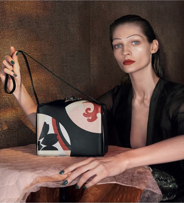 Alexander-McQueen-Spring-2015-Ad-Campaign-2