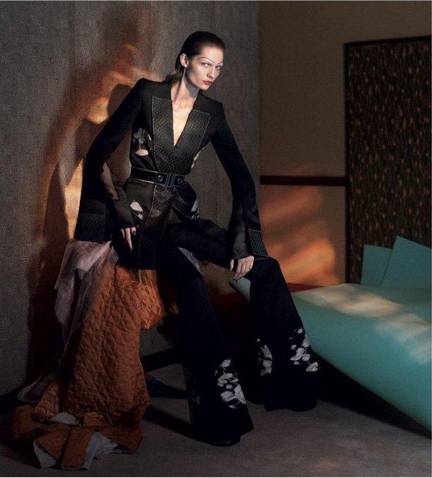 Alexander-McQueen-Spring-2015-Ad-Campaign-4