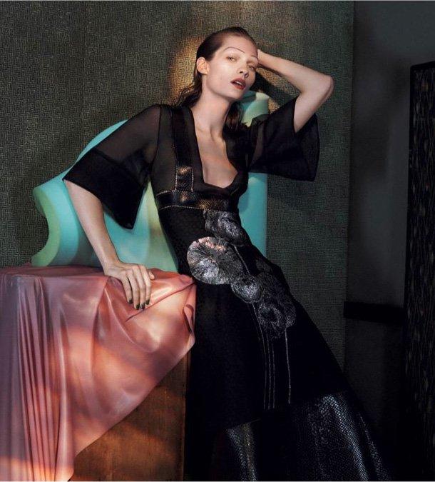 Alexander-McQueen-Spring-2015-Ad-Campaign