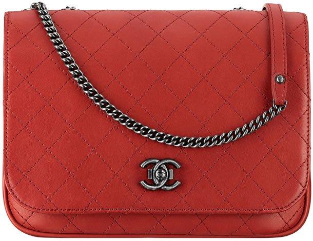 Chanel-Messenger-Flap-Bag